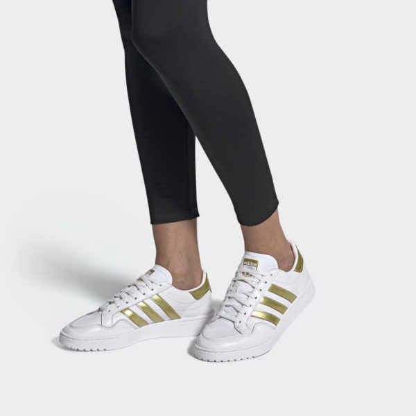 Sneakers Adidas Team Court Women